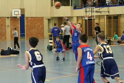 Animator- und Trainer-Mini-Basket